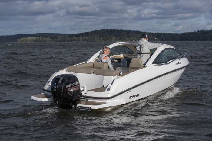 Flipper 650 ST